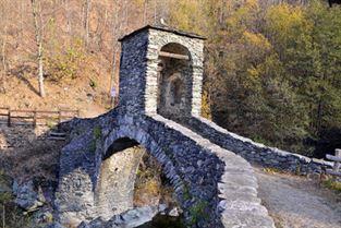ponte medievale di Forno 846 m
