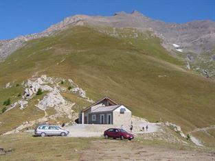 rifugio La Riposa 2205 m