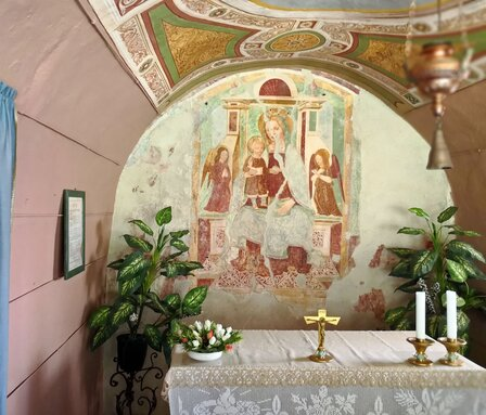 Affresco nel santuario della Madonna del Fontegno