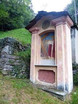 Cappella sulla Via Crucis del Boden