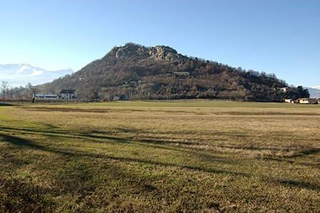 Rocca di Cavour vista dal lato sud