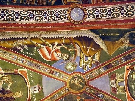 Interno cappella San Eldrado