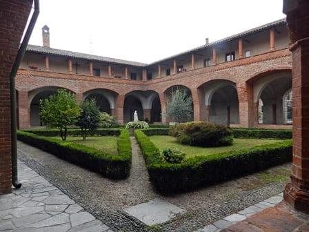 Abbazia dei Santi Nazario e Celso a San Nazzaro Sesia - Chiostro