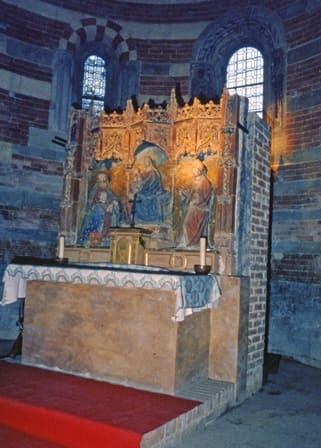 Abbazia Santa Maria di Vezzolano - Altare