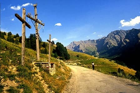 Croce con simboli della passione a St Veran