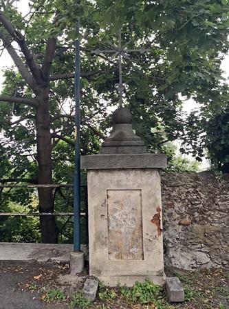 Posa dei morti a Pinerolo, sul colle di S. Maurizio