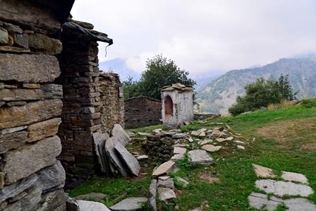 Ciargiur del Forno (val Sangone): pilone ad 1 fornice a presidio dell'alpeggio