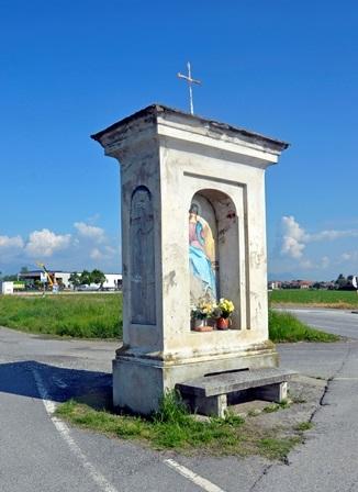 Vigone (To) Pilone ad 1 fornice posto presso un bivio stradale, dipinto dal pittore Baretta