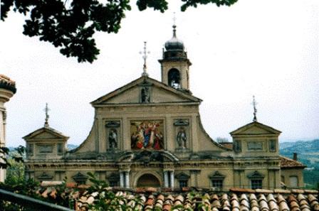 Particolare facciata Santuario di Crea