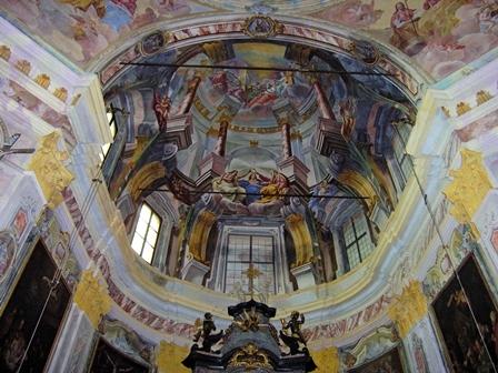 Interno Santuario Madonna del Sasso