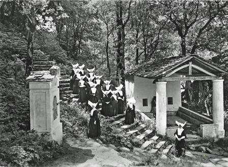 Santuario Madonna di Loreto a Groscavallo - Scala santa negli anni 50